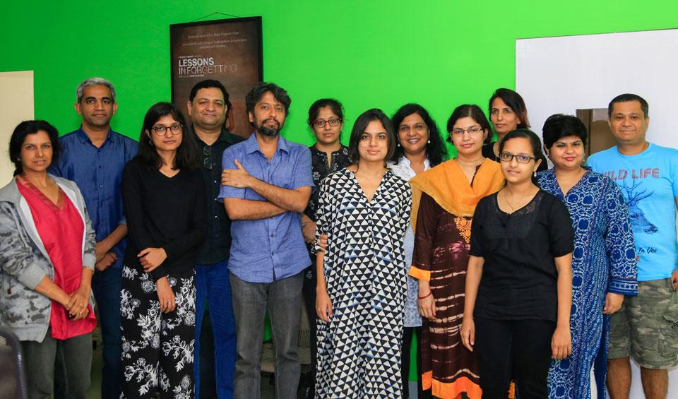 Harper-Collins-Editors-team-with-Anitas-Attic-Season-6-participants